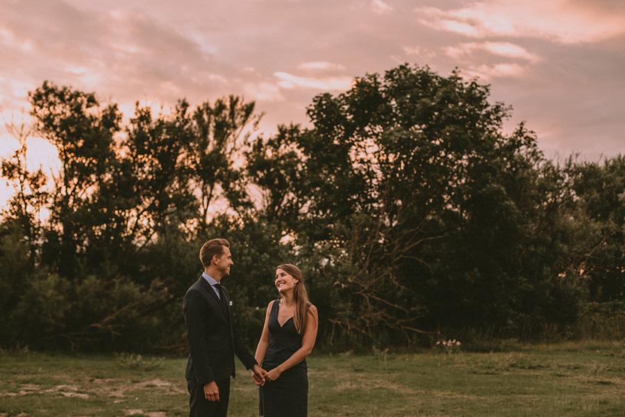 par,fotografering,bröllopsfotograf,skåne,golden,hour,sunset,lomma