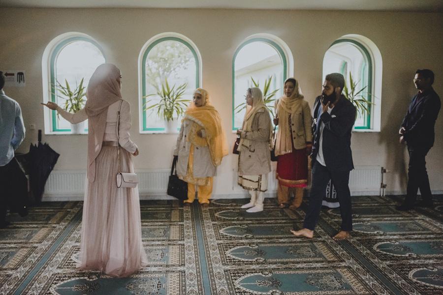 islamic,center,mosque,moské,malmö,bröllopsfotograf,rain,guests