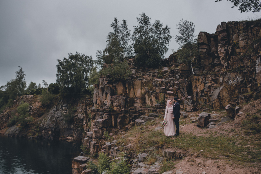 bröllopsfotograf,skåne,dalby,stenbrott,regn,muslim