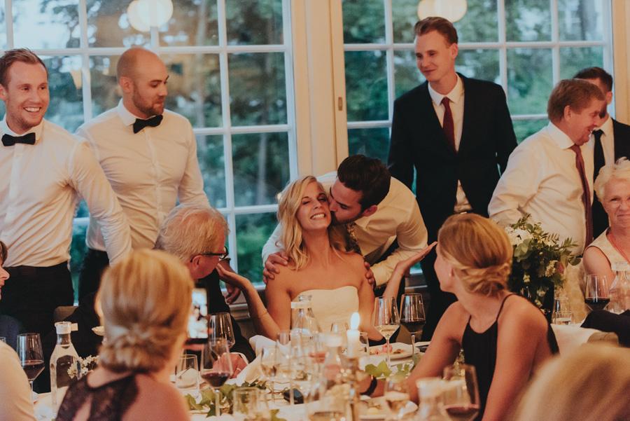 puss,bröllop,vitemölla