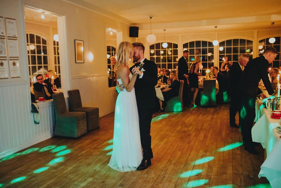 vitemölla,bröllopsdans