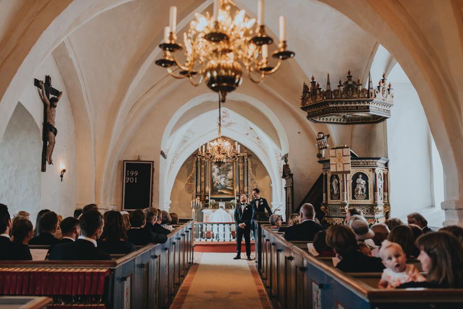 vigsel,ravlunda,kyrka,bröllopsfotograf