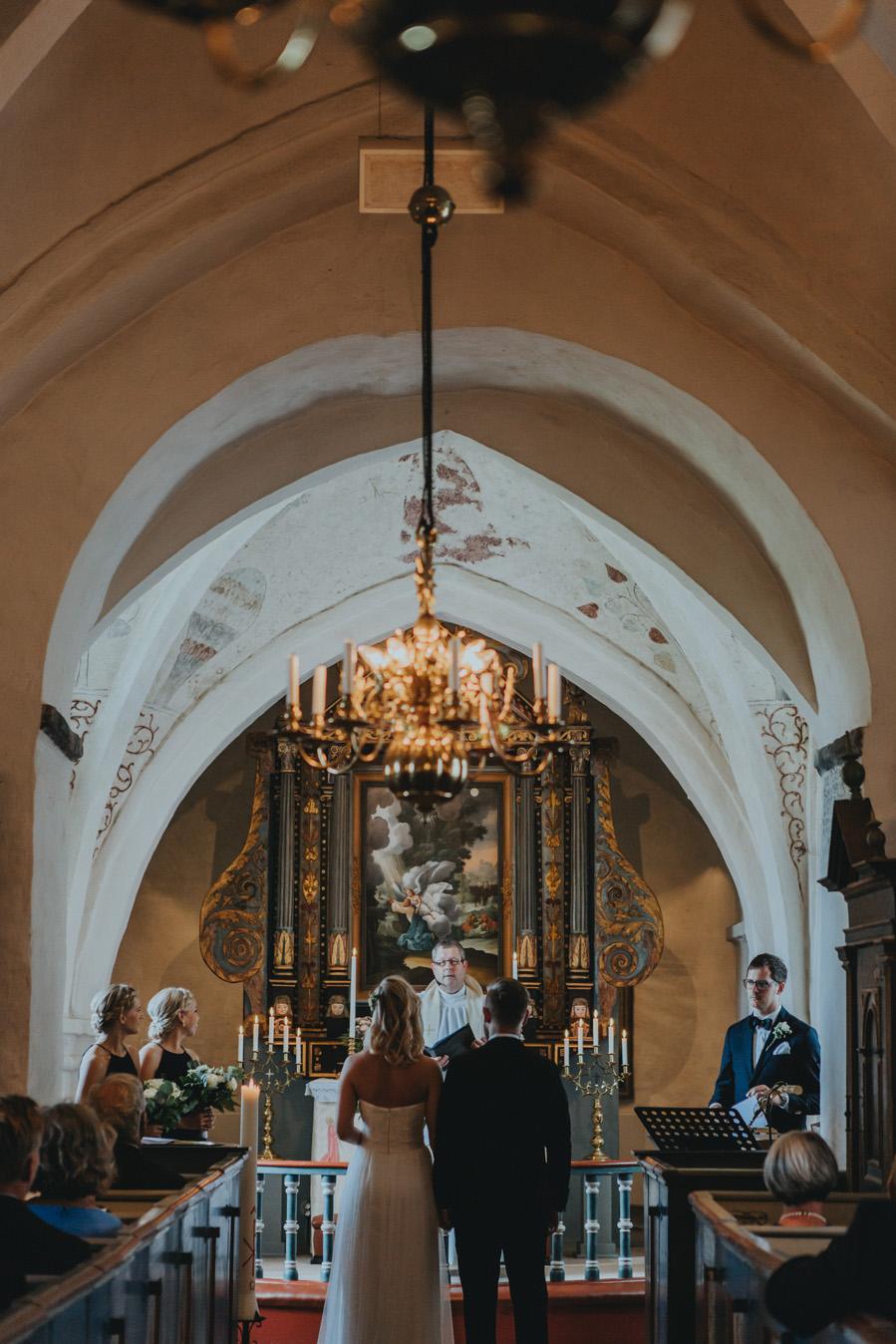 bröllopsfotograf,ravlunda,kyrka,österlen