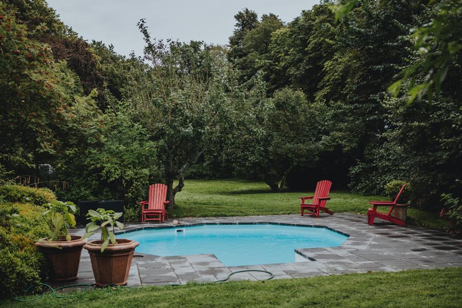 pool,idala,gård